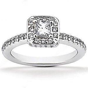 Jewelry - 2.12 Ct. diamonds white gold engagement ring
